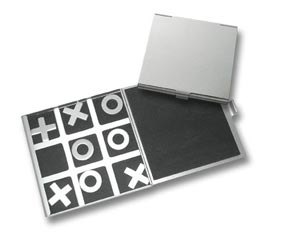ALUMINIUM  TIC-TAC-TOE  SET IN TIN (10CM *10CM)