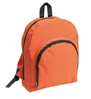 600D polyester backpack with contrasted zipper and front pocket.