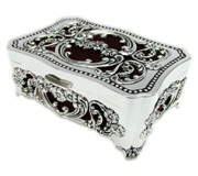 Rectangular Jewellery Box with cut Out Design 10.5*7*5cm
