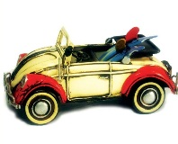 Model Motorcar VW Beetle Convertible Red & White 9 * 18 * 8 cm
