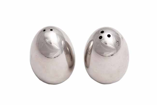 Stainless steel salt and pepper set - egg shape