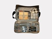 Cooler bag w/braai set,cutlery,waiters friend and cheese