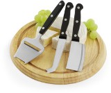 Round rubber wood cheeseboard with three knives. - Available in: