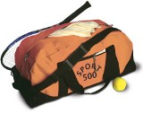 Sports/travel bag with front zipped pocket and adjustable should