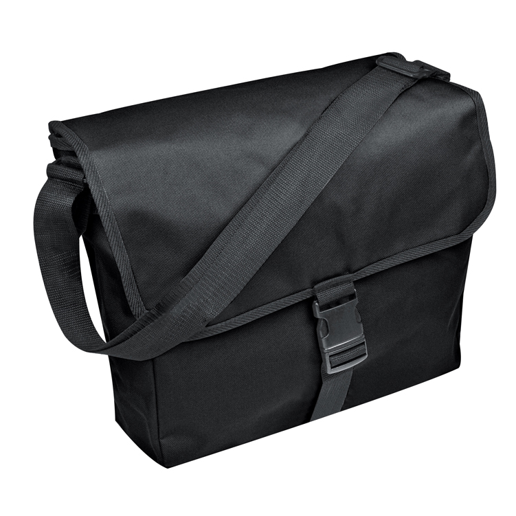 Polyester bag with practical click closure in the front.