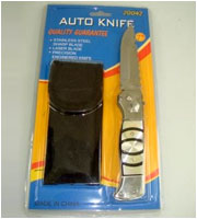 Folding Knife And Pouch In Blister Pack