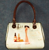 Handbag Lady & Nail Polish 23 * 28 * 16cm