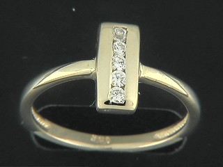 Cubic Channel Shinny Rectangle Ring