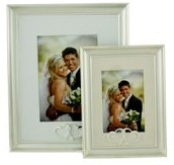 Photo Frame - 3D Shiny Hearts (3 * 5 inch)